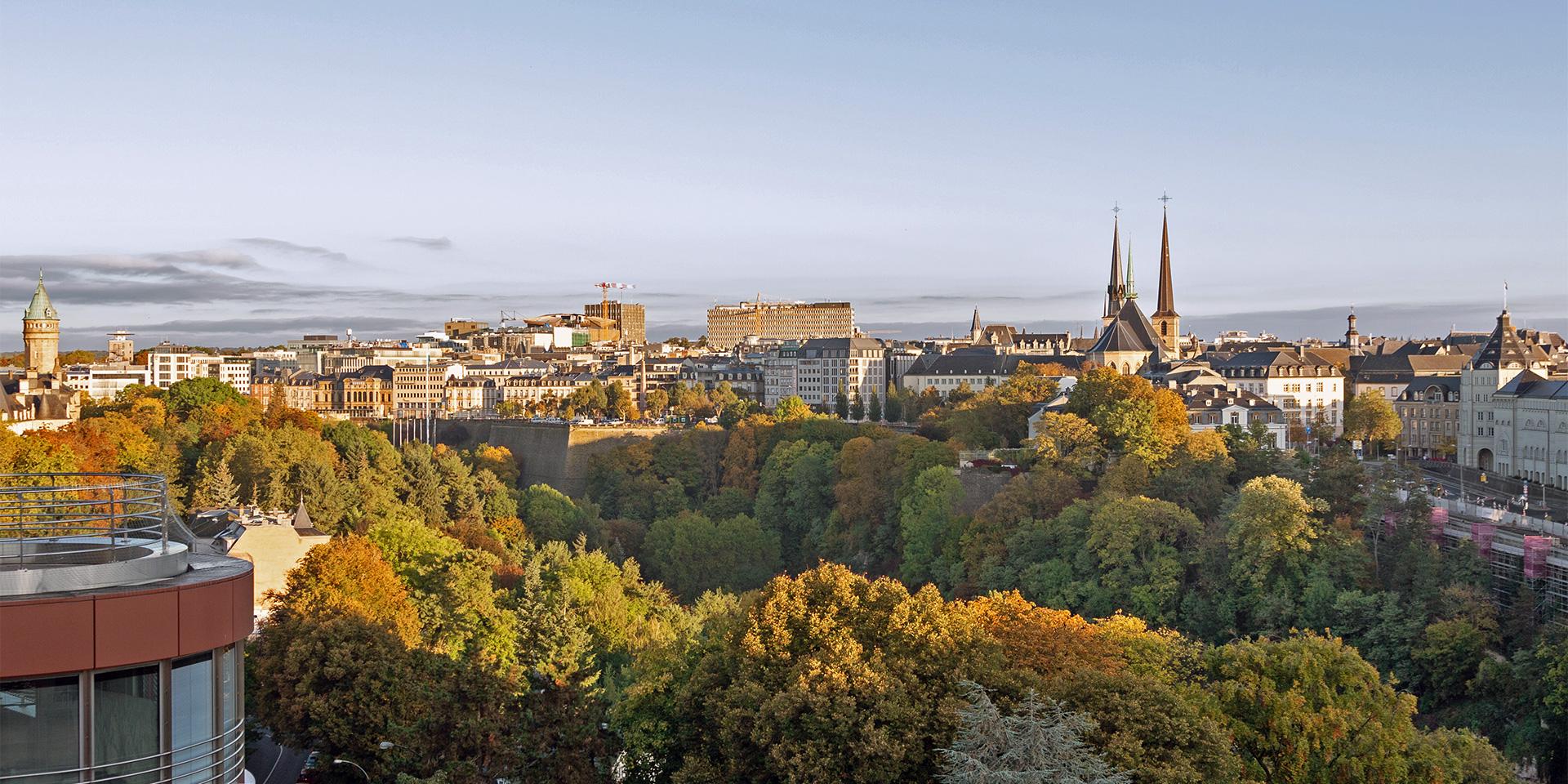 Über Luxemburg